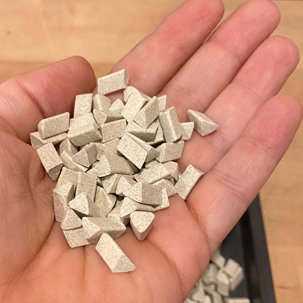 silver-metal-deburring-compound-medium